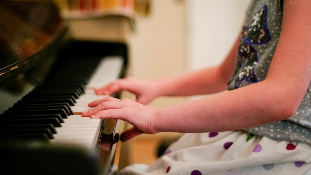 Emiko currently teaches piano lessons in Mercer Island, WA